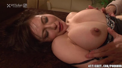Hot and sexy Japanese milf gets excitingly kissed and hotly fucked